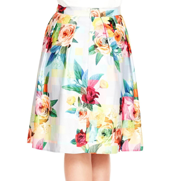 City Chic Dresses & Skirts - City Chic sz L 20 Floral Print Skirt